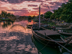 Sunset in Hoi An (Maren 86) Tags: vietnam asia travel boat boats river water sunset evening sky clouds lumixg7 microfourthirds