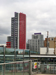 Red Striped Building (Kombizz) Tags: 1110839 kombizz london architecture building redstripedbuilding canarywharf docklands residentialbuilding residentialtower