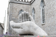 The whole world in the palm of his hand! (swordscookie back and trying to catch up!) Tags: stpeterandpaulscathedral ennis coclare sculpture shanegilmore healinghands bible