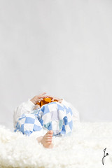 Nap? (jannaheli) Tags: suomi finland helsinki studio kotistudio homestudio nikond7200 valaisu strobist lapsi tyttö child girl babygirl goddaughter kummityttö