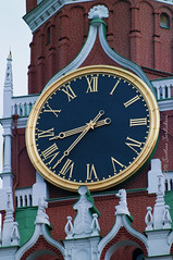 Kremlin Clock (Svetlana Serdiukova) Tags: moscow kremlin tower clock chimes building architecture red brick russia russian svetlanaserdiukova nikon d300 nikkor 7003000mm f4556