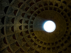 Pantheon, The Roof. (Darren Flinders) Tags: light roof ceiling pantheon rome roma italia italy dome ancientbuildings ancientarchitecture magnificence ancientrome