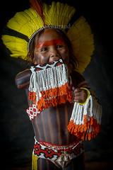 Kayapo (serge guiraud) Tags: brazil portrait brasil amazon tribes indios brésil amazonie tribos kaiapo tribus kayapo flickrtravelaward indiensdamazonie sergeguiraud jabiruprod