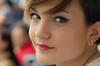 Rob (luigi ricchezza) Tags: woman beautiful donna eyes occhi sorriso bella stile dolcezza volto femmina trequarti