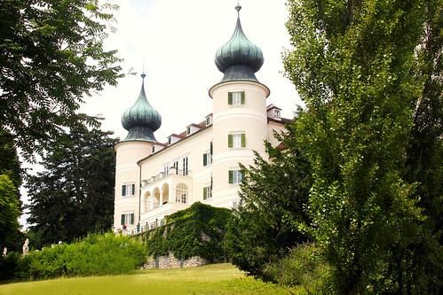 Arstetten. Schloss. Gartenseite