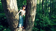 Dollikin in D'arcy's denims (samdiablo666) Tags: uk trees tree may plasticpeople 2015 uneeda boothstown samsykes northwestengland actiongirl dollikin samsy samdiablo samdiablo666 plasticfantastics 1969fashiondollikin mummymiasadventures miamummysadventures vintagesindytshirt
