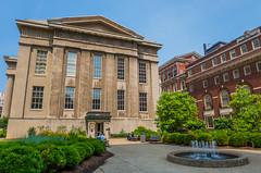 Louisville Metro Hall (StevenW.) Tags: city water fountain buildings us unitedstates kentucky louisville louisvillemetrohall