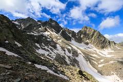 Salendo alla Surettaluckli (Roveclimb) Tags: mountain alps suisse hiking mountaineering alpinismo svizzera alpi montagna klettern alpinism splugen spluga escursionismo suretta graubunden grigioni seehorn aussereschwarzhorner rothornli surettaluckli