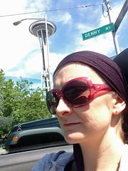 IMG_3670 (150hp) Tags: amanda selfie seattle space needle headscarf audrey hepburn riding 2008 audi tt roadster apple ipod touch 5th generation