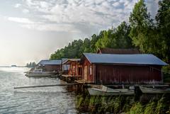 Kronvik (STTH64) Tags: boat kronvik sundom vaasa finland sea seaside water sky boathouse wooden old vintage vehicle