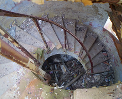 Crooky stairs 1 (PhillMono) Tags: olympus australia new south wales history heritage crookhaven heads lighthouse stair curve rot decay ruin corrosion rust empty abandoned