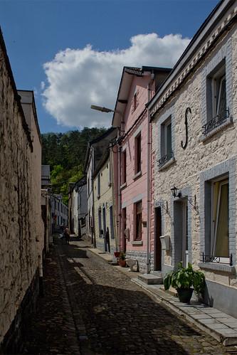 Bouvignes-sur-Meuse - Rue de Meuse