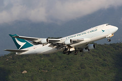 B-LIC 747-467ERF in HKG (ColinParker777) Tags: new trees green clouds plane canon lens fly flying colours pacific zoom aircraft aviation flight sunny quad aeroplane cargo queen hong kong lap telephoto engines 7d greenery heavy departure takeoff cathay hkg 747 jumbo kok chek freighter lantau thrust livery 744 longhaul swire aviate 744f 200400 7d2 vhhh 747467erf 744erf 7dmkii 7dmk2