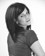 Jessica (Oliver Leveritt) Tags: nikond90 sigma1850mmf28exdcmacro oliverleverittphotography flash speedlight sb600 sb800 offcameraflash su800 su800wirelessspeedlightcommander cls nikoncls creativelightingsystem umbrella whitebackground blackandwhite monochrome pretty girl