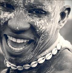 Jeune (yrotori2) Tags: africa portrait face african young afrika sorriso ritratto viso visage afrique faccia volto collana cauris