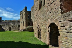 Ludlow Castle (Eddie Crutchley) Tags: europe england shropshire ludlow ludlowcastle historicbuilding castle fortifications outdoor sunlight blueskies greatphotographers