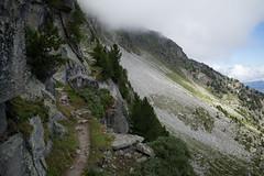 s'Wallis (i d Schwiiz) (Toni_V) Tags: m2400795 rangefinder digitalrangefinder messsucher leica leicam mp 28mm elmaritm type240 typ240 hiking wanderung randonne escursione alps alpen wallis valais oberwallis trail wanderweg sentiero fog nebel mist saasfeegrchen grchnerhhenweg highroute saastal switzerland schweiz suisse svizzera svizra europe landscape summer sommer toniv 2016 160806