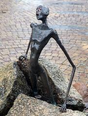 Jens Galschit figur p torvet i Tommerup 3 (Walter Johannesen) Tags: jens galschit figurer kunst art square tommerup torv center