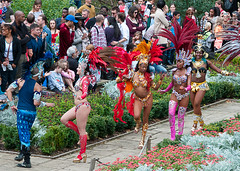 Parading Out (McTumshie) Tags: hornimanbrazil 20160904 hornimancarnival hornimanmuseum london paraísoschoolofsamba carnival costumes dance dancing england unitedkingdom