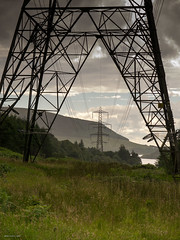 Peak pylon