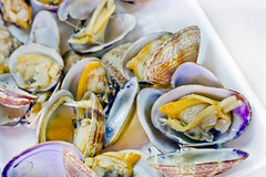 Manila Clams (DigiPub) Tags: 344156 esp manilaclam bivalve seafood seashell 576796590 gettyimages noge onsale boiled clamseafood closeup colorimage conveniencefood cooked horizontal indoors japan japanesefood kanagawaprefecture nopeople photography readytoeat yokohama