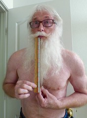 How Long Will It Grow (outdoorPDK) Tags: beard whitebeard longbeard grow length ruler