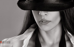 ~ The girl with the black hat ~ (whoisnd) Tags: model portfolio bw blackandwhite mystry hat fashion highlight shadow strobist