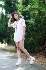 DP1U8672 (c0466art) Tags: young little sweet lovely cute girl taiwan pure pretty face action pose funny elegant charming gorgeous outdoor portrait light canon 1dx c0466art
