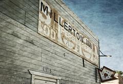 MILLERTON INN (akahawkeyefan) Tags: sign rusty millerton inn davemeyer friant building