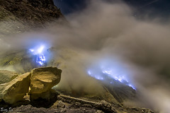 Mount Bromo, Indonesia (JasonthePhotog) Tags: blue nature beautiful night indonesia landscape volcano scenery flame ijen
