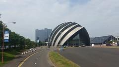 Armadillo - Glasgow (Paloma Palermo) Tags: glasgow partly cloudy teilweise bewlkt schottland scotland