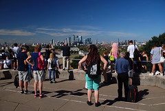 Crowds look down on Canary Wharf (Guildfordian) Tags: london greenwich londonskyline