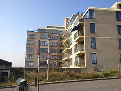 Deltaplein Kijkduin (Tompouce6) Tags: deltaplein kijkduin den haag the hague la haye paysbas kust seaside flat appartment building sea haya