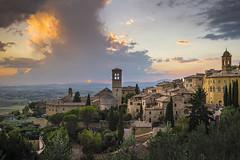 Cartolina (serdor) Tags: panorama mozzafiato colore tramonto paesaggio assisi umbria italia nikon nikkor 35afd digitale light luce