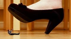 2012102601_gig (Tillerman_123) Tags: feet heels giantess