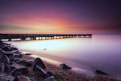 two minutes of blue hour (dK.i photography) Tags: longexposure summer sunrise dawn pier fishing baltimore bluehour chesapeakebay patapscoriver softcolors neutraldensity ftarmistead leefilters singhrayfilters rgnd sliderssunday littlestopper 139seconds
