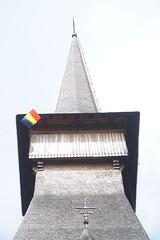 Mânãstirea Peri-Sãpânta, Maramures, Romania (Marek Soltysiak) Tags: romania maramures wood wooden lemn sapanta flag monastery manastirea peri tower