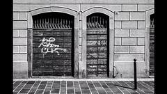 Street style #seregno #street #photography #urban #blackandwhite #b&w #fujifilm #doors #details #italy #style #decadence (PhotOrsi by Filippo Orsi) Tags: street b urban blackandwhite italy photography doors details style fujifilm decadence seregno