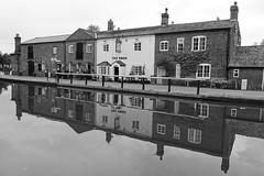 The Swan at Fradley Junction (mattgilmartin) Tags: narrowboats pub trentmersey fradley canal