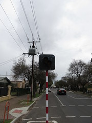 School Crossing with Flashers - Wattle St, Malvern (RS 1990) Tags: malvern adelaide southaustralia thursday 28th july 2016 wattlest schoolcrossing signals