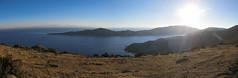 """Lac Titicaca: coucher du soleil sur l'Isla del Sol à 4010m d'altitude <a style=""""margin-left:10px; font-size:0.8em;"""" href=""""http://www.flickr.com/photos/127723101@N04/28568225936/"""" target=""""_blank"""">@flickr</a>"""