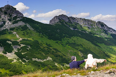 O! Popatrz tam... (czargor) Tags: giewont outdoor mountains mountainside inthemountain nature landscape