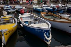 Porto (filippobattaglia) Tags: barca lagodigarda molo porto