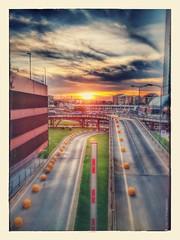 Disegno a matita (dont_go_away85) Tags: centro commerciale roma tramonto crepuscolo nuvole rosso parcheggio macchine strade disegno matita effetti