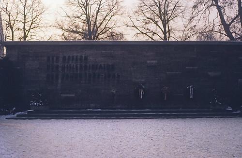 "12 Berlin-Klassenfahrt 1978: Gedenkstätte Plötzensee • <a style=""font-size:0.8em;"" href=""http://www.flickr.com/photos/69570948@N04/17978812879/"" target=""_blank"">View on Flickr</a>"