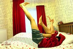 The End of the Day (ylenezmrios) Tags: people en art fall creativity photography frozen flying back bed moments arte gente time magic tripod watch levitation objects el dia daily stop momento tired reloj series rest feeling moment cama technique creatividad serie position narrative diario cansado momentos actions magia tiempo fotografa volando objectos sentimiento situations parar cada tcnica descanco trpode situaciones acciones levitacin congelado timr posicin narrativo argumento diarias