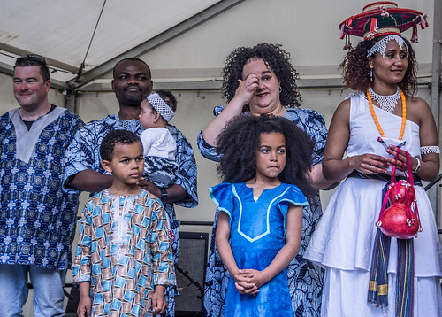 THE BEST DRESSED PEOPLE AT AFRICA DAY 2015 [FARMLEIGH HOUSE IN DUBLIN] REF-104487