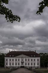 Schloss Friedrichsfelde (BenjaminBe) Tags: berlin castle germany zoo tierpark schloss nikond700 nikkor703004556