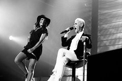 Roxette @ HMH Amsterdam 2015-12 (stonechambermedia) Tags: show bw white black amsterdam marie canon concert tour live per roxette hmh gessle fredriksson