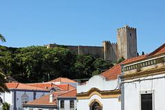 Palmela (hans pohl) Tags: castles portugal architecture sunny roofs setubal palmela toits chteaux ensoleill